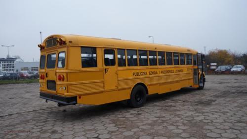school-bus-freightliner-2001[3]